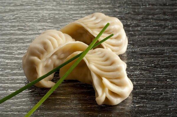 冬至防寒饮食:白菜猪肉饺子